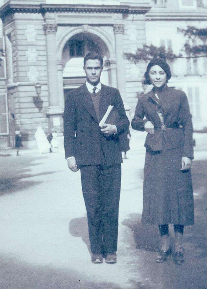 1934 A.Bloom with Antonia Santelli. Paris